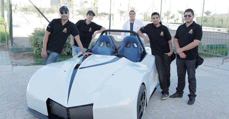 Fabrication-d'une-voiture-de-compétition-sportive-par-les-élèves-ingénieurs-de-l'Ecole-Polytechnique-d'Agadir-Une-expérience-unique-au-Maroc-768x400