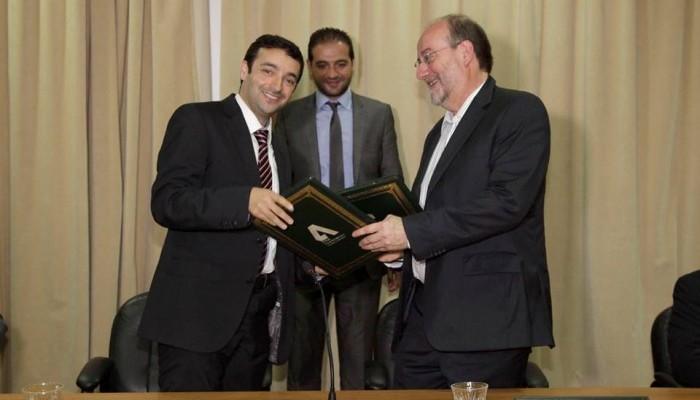 Signature-de-la-convention-de-partenariat-entre-l'Ecole-Polytechnique-et-l'ENIB-700x400