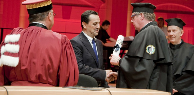 M.Aziz-Honoris-820x400