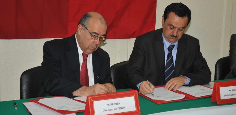 Signature-de-la-convention-de-partenariat-entre-l'École-Polytechnique-d'Agadir-et-l'ENIM-–-Metz-820x400